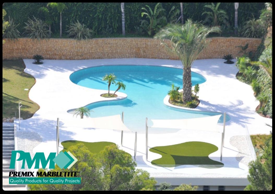 Piscinas de arena de cuarzo estilo playa en m laga for Arena para piscinas