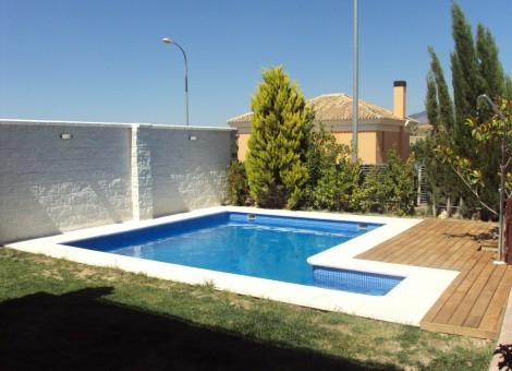 Piscina de obra para casa en Granada