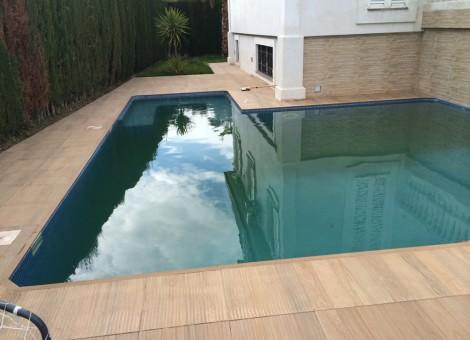 Contrucción de piscina privada en Granada