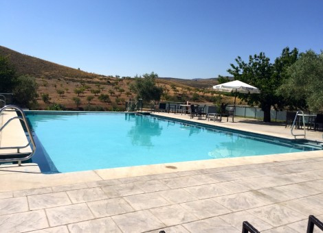 Construcción de piscina pública en Granada